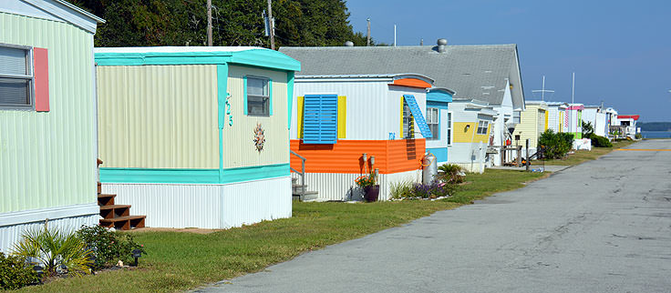 Colorful Homes In Indian Beach NC