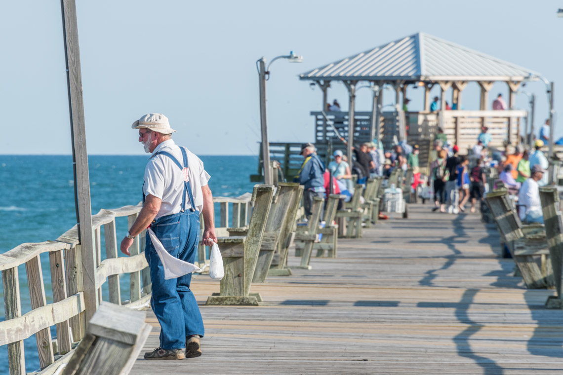 Crystal coast area photo tours and travel information for Crystal pier fishing