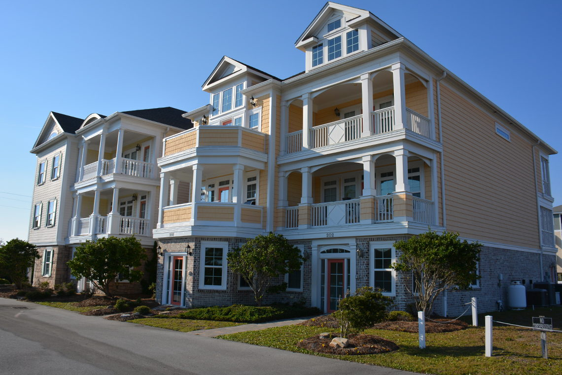 Crystal Coast Vacation Rentals - CrystalCoast.com